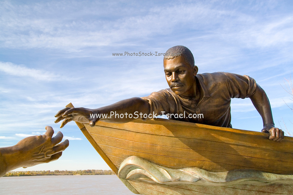 Memphis Tennessee TN, USA, Memorial statue Tom Lee an African-American riverworker, who was personally credited with using a small rowboat to save the lives of 32 passengers from the sinking of M.E. Norman a steamboat that sunk on May 8, 1925, near Cow Island Bend. Tom Lee Park is named in his honor.