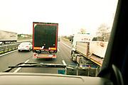 Verona - Juska (28), sulla strada fra gli altri camion.