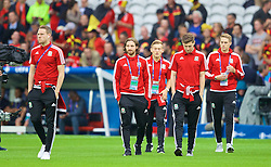 LILLE, FRANCE - Friday, July 1, 2016: Wales' Chris Gunter, Joe Allen, George Williams, Ben Davies and David Edwards inspect the pitch before the UEFA Euro 2016 Championship Quarter-Final match against Belgium at the Stade Pierre Mauroy. (Pic by David Rawcliffe/Propaganda)