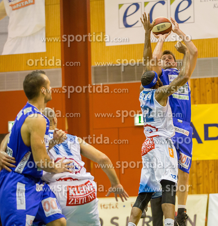 26.10.2014, Walfersamhalle, Kapfenberg, AUT, ABL, ece Bulls Kapfenberg vs Swans Gmunden, 8. Runde, im Bild v.l.: Dorian Green (Swans Gmunden) Ian Boylan (Bulls Kapfenberg) Nicchaeus Doaks (Bulls Kapfenberg) Matthias Mayer (Swans Gmunden) // during the Austrian Basketball League, 8th Round, between ece Bulls Kapfenberg and Swans Gmunden at the Sportscenter Walfersam, Kapfenberg, Austria on 2014/10/26, EXPA Pictures © 2014, PhotoCredit: EXPA/ Dominik Angerer