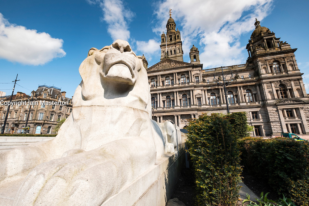 View of Lion Statue in front of City Chambers in George Square Glasgow , united Kingdom