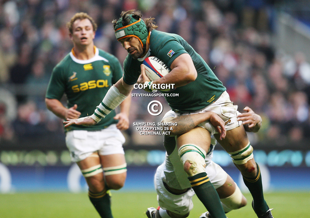 LONDON, ENGLAND - NOVEMBER 27,Victor Matfield (capt)  during the End of Year tour match between England and South Africa at Twickenham Stadium on November 27, 2010 in London, England<br /> Photo by Steve Haag / Gallo Images