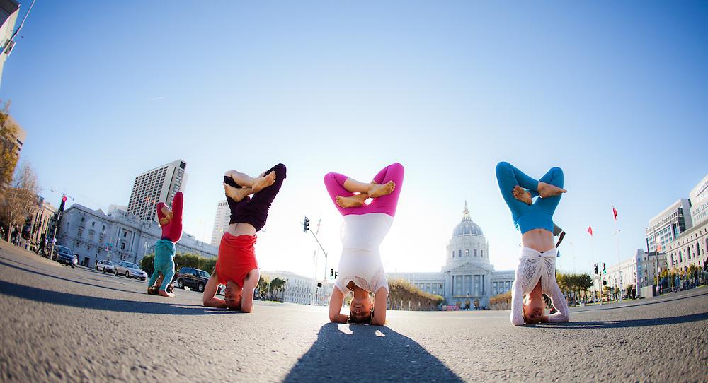 Amanda Giacomini, Annika Williams, Ai Kubo & Mark Silva at the City Hall, San Francisco