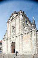 L'Église Saint Nicolas, the oldest church in Boulogne, stands on Place Dalton and was built in the 13th century. Boulogne-sur-Mer, Pas-de-Calais, France © Rudolf Abraham
