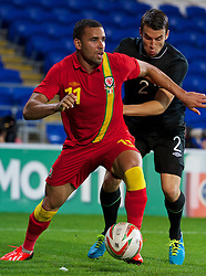 14.08.2013, Cardiff City Stadion, Cardiff, WAL, Testspiel, Wales vs Irland, im Bild Wales' Hal Robson-Kanu in action against Republic of Ireland during an International Friendly at the Cardiff City Stadium during the international friendly match between Wales and Ireland at Cardiff City Stadium in Cardiff, Wales on 2013/08/14. EXPA Pictures © 2013, PhotoCredit: EXPA/ Propagandaphoto/ David Rawcliffe<br /> <br /> ***** ATTENTION - OUT OF ENG, GBR, UK *****