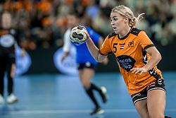 23-11-2017 NED: Nederland - Italie, Eindhoven<br /> Uitzwaaiduel Oranje in een volgepakt Topsportcentrum in Eindhoven tegen Italie wordt met ruime cijfers gewonnen 41-16 / Jessy Kramer #5 of Netherlands