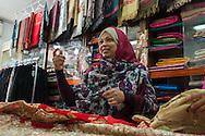 Roma, 16/04/2016: Negozio di abbigliamento indiano - Indian sharee and dress shop.<br /> &copy;Andrea Sabbadini