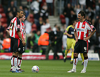 Photo: Lee Earle.<br /> Southampton v Derby County. Coca Cola Championship. Play Off Semi Final, 1st Leg. 12/05/2007.The Southampton players look dejected after Derby scored their second goal.
