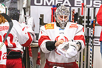 2020-01-19 | Umeå, Sweden: Vallentuna switch goalkeeper in AllEttan during the game  between Teg and Vallentuna at A3 Arena ( Photo by: Michael Lundström | Swe Press Photo )<br /> <br /> Keywords: Umeå, Hockey, AllEttan, A3 Arena, Teg, Vallentuna, mltv200119