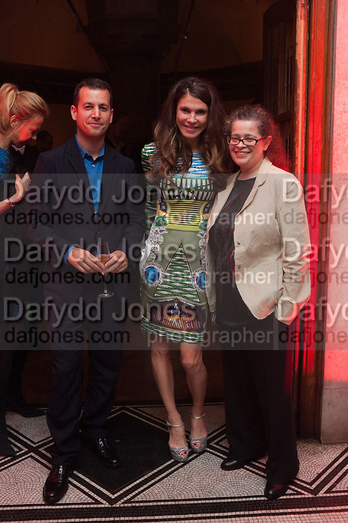 Matthew Slotover;  Andrea Dibelius; Amanda Sharp, DINNER TO CELEBRATE THE ARTISTS OF FRIEZE PROJECTS AND THE EMDASH AWARD 2012 hosted by ANDREA DIBELIUS founder EMDASH FOUNDATION, AMANDA SHARP and MATTHEW SLOTOVER founders FRIEZE. THE FORMER CENTRAL ST MARTIN'S SCHOOL OF ART AND DESIGN, SOUTHAMPTON ROW, LONDON WC1. 11 October 2012