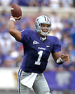 MANHATTAN, KS - OCTOBER 06:  Manhattan, KS - October 06:  Quarterback Josh Freeman #1 of the Kansas State Wildcats throws down field against the Kansas Jayhawks, during a NCAA football game on October 06, 2007 at Bill Snyder Family Stadium in Manhattan, Kansas.  Kansas won the game 30-24.  (Photo by Peter Aiken/Getty Images)