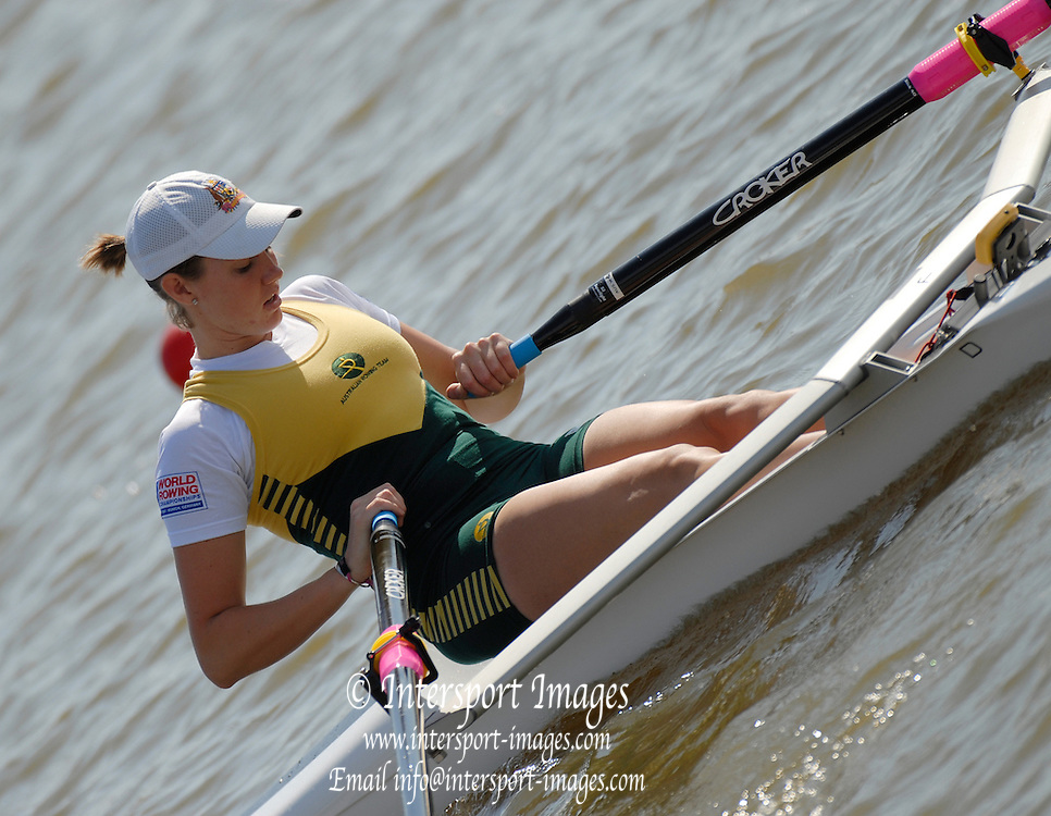 Oklahoma, USA, AUS W1X, Victoria ROBERTS,  in the in the USA World Rowing Challenge, held on The Oklahoma River, Oklahoma City, Fri. 12.10.2007 [Mandatory Credit. Peter Spurrier/Intersport Images]..... , Rowing Course: Oklahoma River, Oklahoma City, Oklahoma, USA