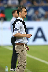 18.04.2018, Veltins Arena, Gelsenkirchen, GER, DFB Pokal, Schalke 04 vs Eintracht Frankfurt, Halbfinale, im Bild Trainer Niko Kovac (Eintracht Frankfurt) // during the DFB Pokal Semifinal Match between Schalke 04 vs Eintracht Frankfurt at the Veltins Arena in Gelsenkirchen, Germany on 2018/04/18. EXPA Pictures © 2018, PhotoCredit: EXPA/ Eibner-Pressefoto/ Langer<br /> <br /> *****ATTENTION - OUT of GER*****
