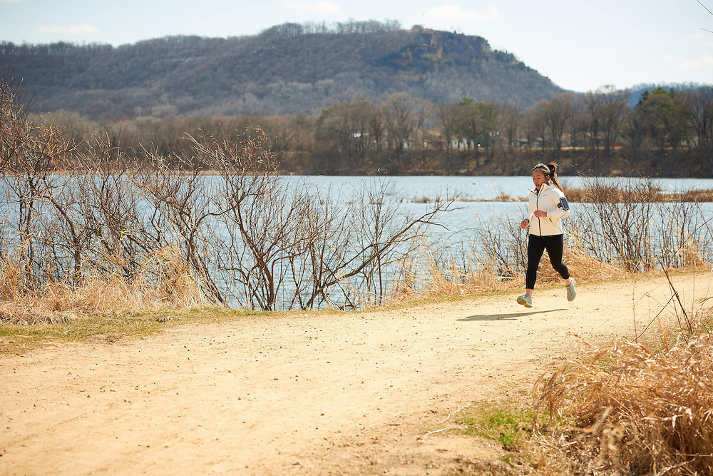 Activity; Exercise; Buildings; Bluffs; Marsh; Location; Outside; People; Student Students; Spring; April; Time/Weather; sunny; Type of Photography; Candid; UWL UW-L UW-La Crosse University of Wisconsin-La Crosse