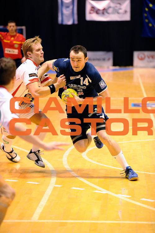 DESCRIZIONE : Handball coupe des coupes 1/4 finale Tremblay Halmstad <br /> GIOCATORE : Guillard Romain<br /> SQUADRA : Tremblay <br /> EVENTO : Coupe d'europe A 2010-2011<br /> GARA : Tremblay Halmstad<br /> DATA : 03/04/2011<br /> CATEGORIA : Handball Coupe d'europe<br /> SPORT : Handball<br /> AUTORE : JF Molliere par Agenzia Ciamillo-Castoria <br /> Galleria : France Hand 2010-2011 Action<br /> Fotonotizia : coupe des coupe 1/4 finale Tremblay Halmstad <br />   Match retour a Tremblay