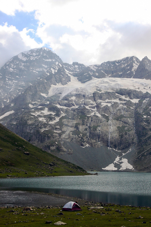 Harmukh Mountain, Ganderbal District, Kashmir Valley, Northern India 2009-07-12.<br />