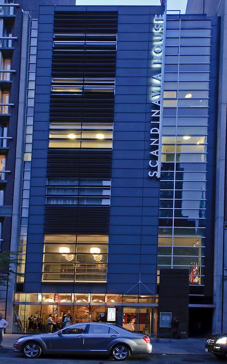 Scandinavia House: The Nordic Center in America, 58 Park Avenue, designed by James Stewart Polshek, Manhattan, New York City, New York, USA