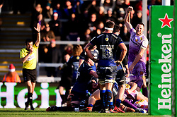 Exeter Chiefs score a try - Mandatory by-line: Ryan Hiscott/JMP - 15/12/2019 - RUGBY - Sandy Park - Exeter, England - Exeter Chiefs v Sale Sharks - Heineken Champions Cup