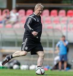 03.06.2015, Steinbergstadion, Leogang, AUT, U 21 EM, Vorbereitung Deutschland, im Bild Trainer Horst Hrubesch (Deutschland U21) // during Trainingscamp of Team Germany for Preparation of the UEFA European Under 21 Championship at the Steinbergstadium in Leogang, Austria on 2015/06/03. EXPA Pictures © 2015, PhotoCredit: EXPA/ JFK