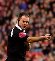 Photo: Alan Crowhurst.<br />Charlton Athletic v Aston Villa. The Barclays Premiership. 30/12/2006. Referee Rob Styles.