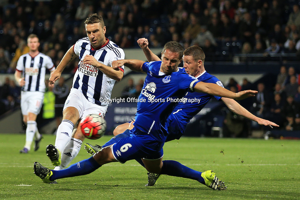 28th September 2015 - Barclays Premier League - West Bromwich Albion v Everton - Rickie Lambert of West Brom puts a late chance wide - Photo: Simon Stacpoole / Offside.
