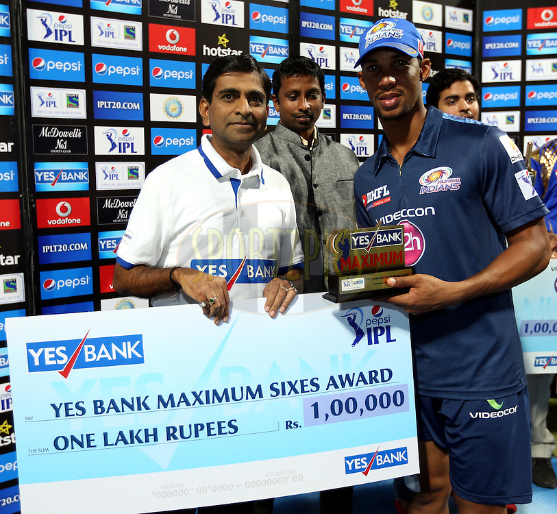 Mumbai Indians player Lendl Simmons player receives Yes Bank Maximum sixes award during the presentation of the match 23 of the Pepsi IPL 2015 (Indian Premier League) between The Mumbai Indians and The Sunrisers Hyferabad held at the Wankhede Stadium in Mumbai India on the 25th April 2015.<br /> <br /> Photo by:  Sandeep Shetty / SPORTZPICS / IPL