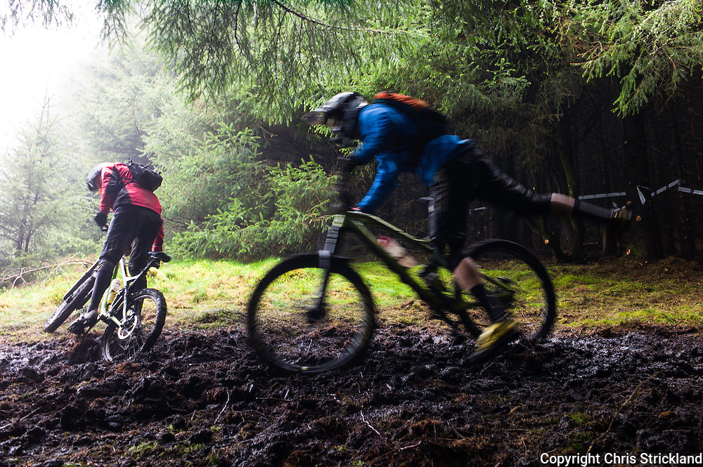 Glentress, Peebles, Scotland, UK. 31st May 2015. Muddy wet conditons on Stage 5 of The Enduro World Series Round 3 taking place on the iconic 7Stanes trails during Tweedlove Festival.
