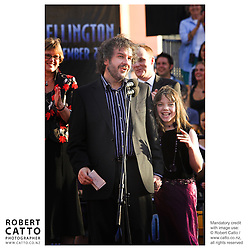 Peter Jackson addresses the crowd at the King Kong Premiere, at Wellington's Embassy Theatre.
