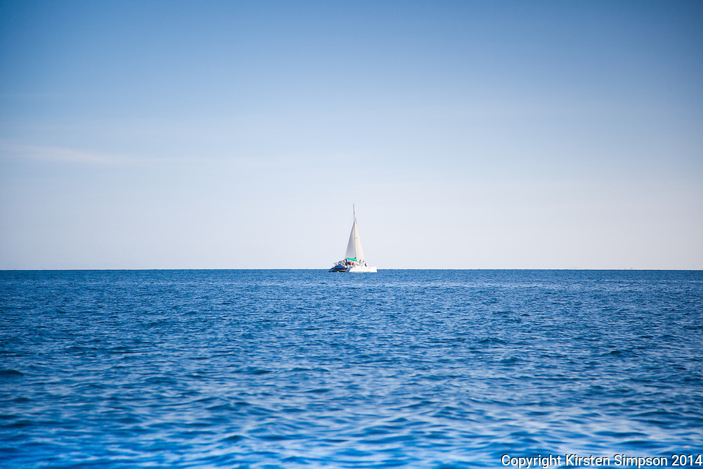 Sailing on the Malolo Barrier Reef
