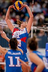 01-10-2017 AZE: Final CEV European Volleyball Nederland - Servie, Baku<br /> Nederland verliest opnieuw de finale op een EK. Servi&euml; was met 3-1 te sterk / Bojana Zivkovic #4 of Servi&euml;