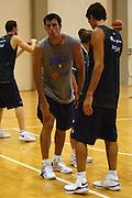 DESCRIZIONE : Cagliari Raduno Collegiale Nazionale Maschile Allenamento <br /> GIOCATORE : Tommaso Fantoni <br /> SQUADRA : Nazionale Italia Uomini <br /> EVENTO : Raduno Collegiale Nazionale Maschile <br /> GARA : <br /> DATA : 17/08/2008 <br /> CATEGORIA : Infortunio <br /> SPORT : Pallacanestro <br /> AUTORE : Agenzia Ciamillo-Castoria/S.Silvestri <br /> Galleria : Fip Nazionali 2008 <br /> Fotonotizia : Cagliari Raduno Collegiale Nazionale Maschile Allenamento <br /> Predefinita :