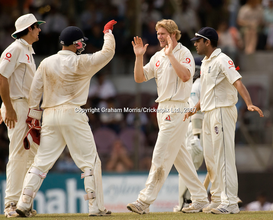 Bowler Matthew Hoggard (2nd from right) celebrates the wicket of Mahela Jayawardene before suffering back problems during the first Test Match between Sri Lanka and England at the Asgiriya Stadium, Kandy. Photograph © Graham Morris/cricketpix.com (Tel: +44 (0)20 8969 4192; Email: sales@cricketpix.com)