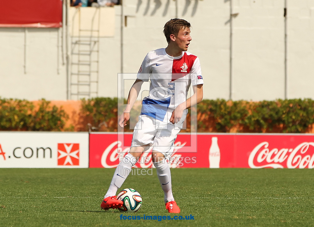 Hidde ter Avest of Netherlands in possession of the ball during the 2014 UEFA European Under-17 match at Gozo Stadium, Xewkija<br /> Picture by Tom Smith/Focus Images Ltd 07545141164<br /> 12/05/2014