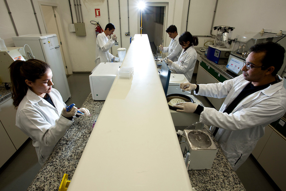 Divinopolis_MG, Brasil..Laboratorio do curso de medicina da Universidade Federal de Sao Joao del Rei, em Divinopolis, Minas Gerais..The medicine course laboratory at the Federal University of Sao Joao del Rey, in Divinopolis, Minas Gerais..Foto: LEO DRUMOND / NITRO