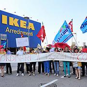 Lavoratori Ikea in sciopero