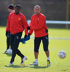 MANCHESTER, ENGLAND - Monday, March 3, 2008: Manchester United's Louis Saha and Mikael Silvestre training at Carrington ahead of the UEFA Champions League First knockout round 2nd leg match against Olympique Lyonnais. (Photo by David Rawcliffe/Propaganda)