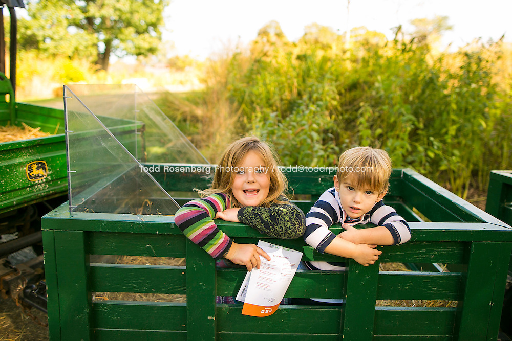 10/10/15 1:43:29 PM -- Chicago, IL, USA<br /> <br /> Lincoln Park Zoo Fall Festival <br /> <br /> . &copy; Todd Rosenberg Photography 2015