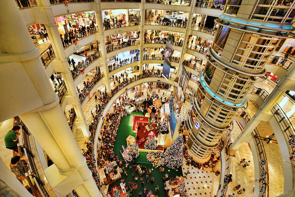 Suria KLCC (Interior) on Christmas Eve, Kuala Lumpur