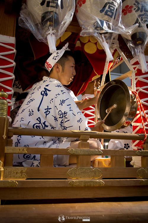 A portable shrine in the Tenjin Festival (Tenjin Matsuri) in Osaka.