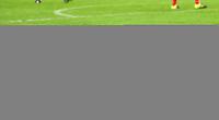 Fotball Menn Tippeligaen Rosenborg - Vålerenga<br /> Lerkendal Stadion, Trondheim<br /> 2 oktober 2016<br /> <br /> <br /> <br /> Rosenborgs Mike Jensen (H) felles av Rasmus Lindkvist, Vålerenga<br /> <br /> Foto : Arve Johnsen, Digitalsport