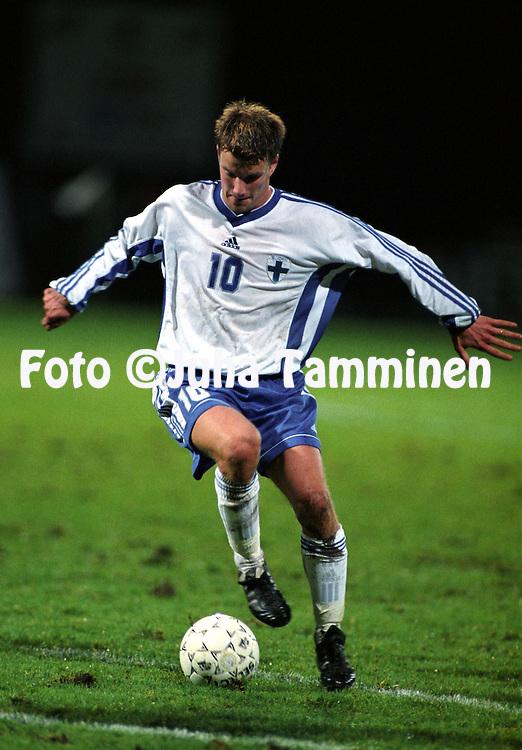 08.10.1999, Valkeakoski, Finland. .Olympic / UEFA Under-21 European Championship qualifying match, Finland v Northern Ireland.Teemu Tainio - Finland.©JUHA TAMMINEN