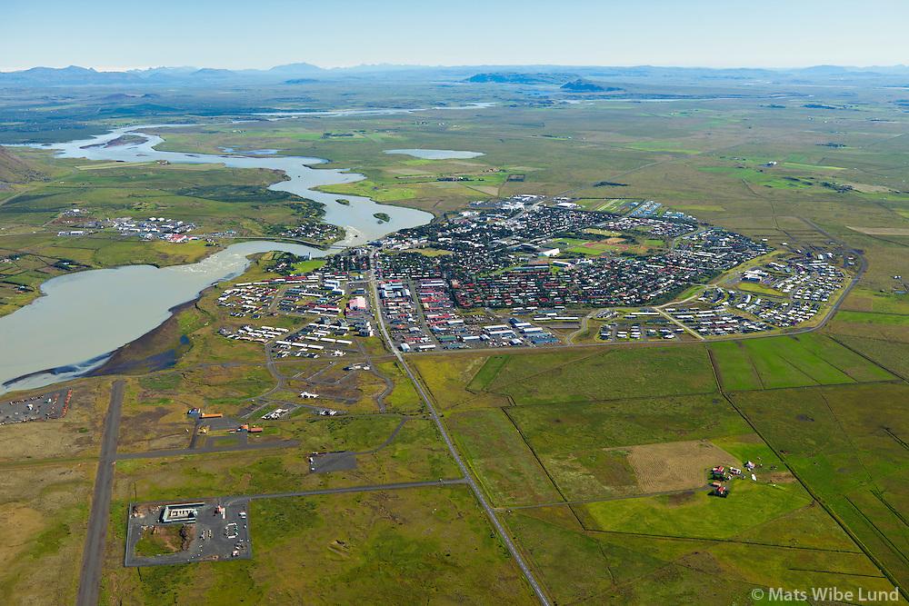 Selfoss séð til norðurs. Ölfusá.  Sveitarfélagið Árborg /  Selfoss viewing north, river Olfusa, Sveitarfelagid Arborg.