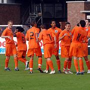 NLD/Amsterdam/20070526 - Suriprofs - Jong Oranje 2007, blijdschap bij Jong Oranje na doelpunt