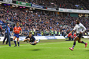 Tommy Seymour scores try in the corner during the 2018 Autumn Test match between Scotland and Fiji at Murrayfield, Edinburgh, Scotland on 10 November 2018.