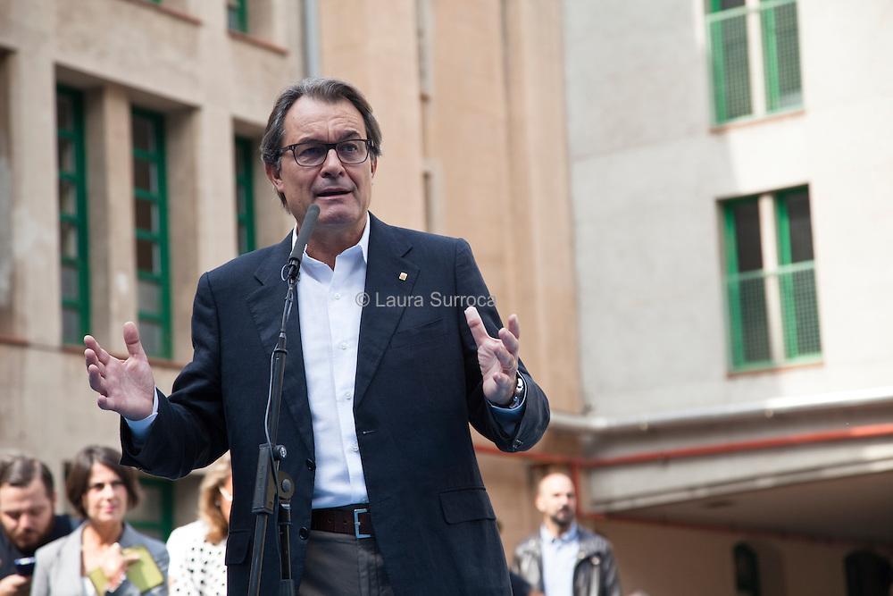 Barcelone, 27 septembre 2015. Artur Mas, president sortant de la Generalitat de Catalogne, vote aux elections au parlement. La liste pour l'independance Junts pel Si emportera les elections.