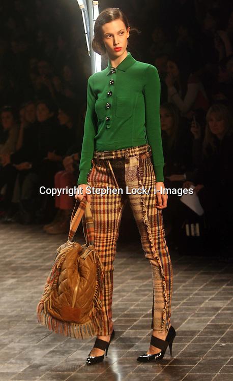Sonia Rykiel Ready to Wear Autumn/Winter 2011.  Photo by: Stephen Lock/i-Images