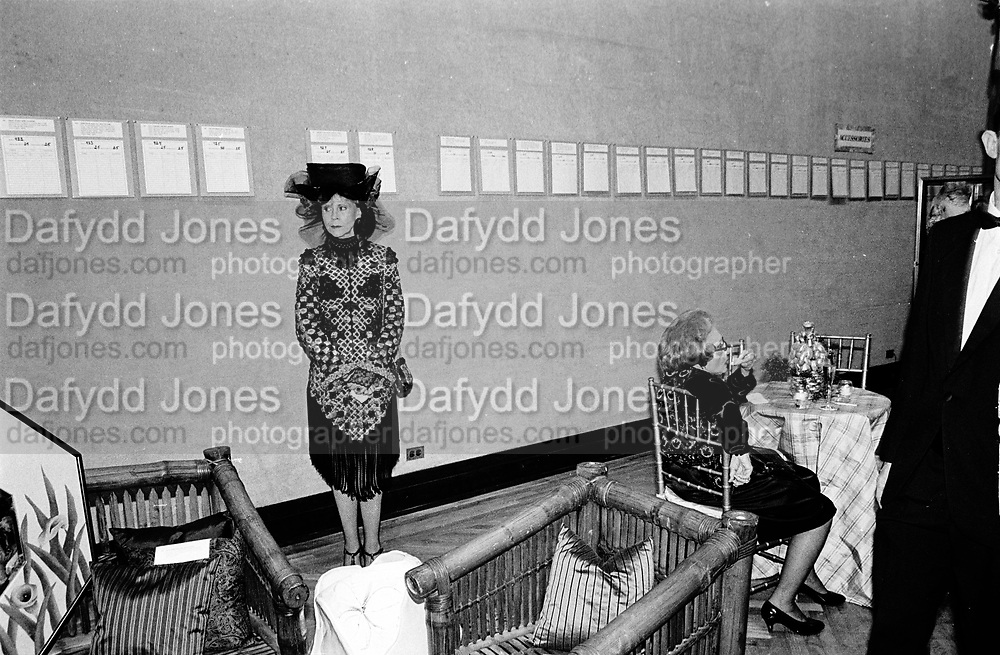 MARJORIE NEZIN, Christies charity auction. NY. 18 June 1990, SUPPLIED FOR ONE-TIME USE ONLY> DO NOT ARCHIVE. © Copyright Photograph by Dafydd Jones 248 Clapham Rd.  London SW90PZ Tel 020 7820 0771 www.dafjones.com