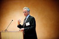 &Aring;rsdag for regionalforeningen DI &Oslash;stjylland 2008<br /> Energi og klima - udfordringer for samfund og erhvervsliv<br /> Adm. direkt&oslash;r Anders Eldrup, DONG Energy A/S