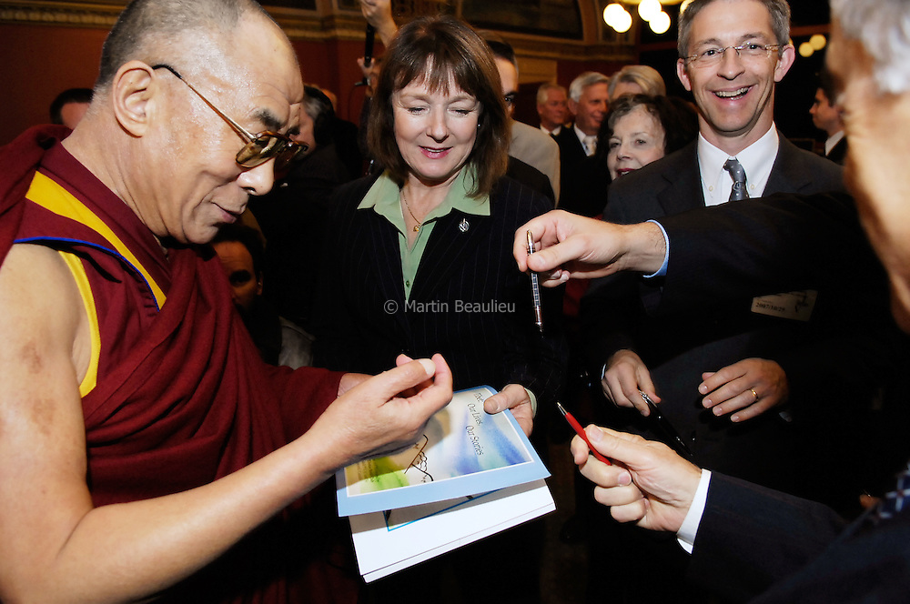 The Dalai Lama visits Ottawa, October 2007, hosted by the Canada Tibet Committee. //// Visite du Dalaï-lama à Ottawa en octobre 2007, à l'initiative du Comité Canada Tibet.