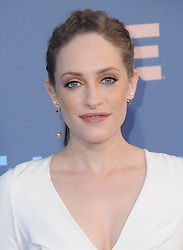 Carly Chaikin  bei der Verleihung der 22. Critics' Choice Awards in Los Angeles / 111216